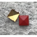 CLOU  PYRAMIDE 12 MM ROUGE