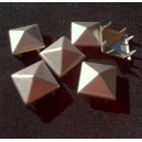 CLOU  PYRAMIDE 12 MM FROST SILVER